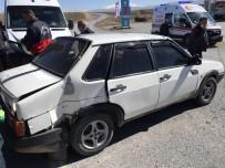 Minibüsle Otomobil Çarpıştı Açıklaması 1 Yaralı