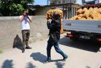 Adana'da İhtiyaç Sahiplerine Patatesler Dağıtılmaya Başlandı