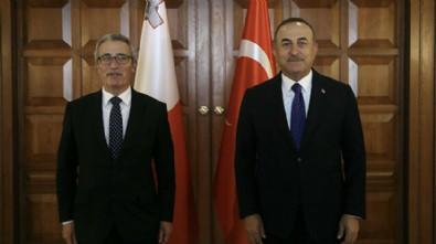 Bakan Çavuşoğlu Maltalı mevkidaşı ile görüştü