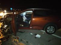 Karşı Şeride Geçen Otomobil Tıra Çarptı Açıklaması 1 Yaralı