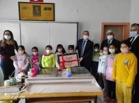 Kaymakam Öğrencilerle Ebru Çalıştı