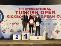 Kayserili Kickboksçular Antalya'dan 20 Madalya İle Döndü