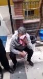 Kız Çocuğunun Fotoğrafını Çeken Şahsı Darp Edip Polise Teslim Ettiler