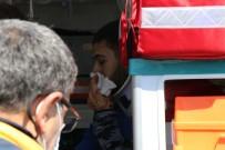 Kontrolden Çıkan Otomobil Uçtuğu Tarlada Ağaca Çarptı Açıklaması 3 Yaralı