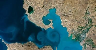 NASA''nın fotoğraf yarışmasını Van Gölü kazandı!