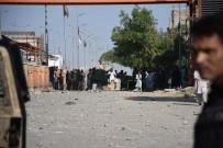 Pakistan'da Sokaklar Savaş Alanına Döndü Açıklaması Can Kaybı 3'E Yükseldi
