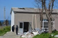 Sinop'ta Tamir İçin Çıktığı Çatıdan Düşen İşçi Ağır Yaralandı