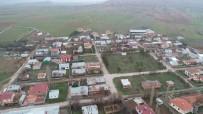 Sivas'ta O Köy Bir Yıl Aradan Sonra İkinci Kez Karantinaya Alındı