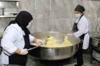 Ünye Belediyesi'nden 3 Bin Kişilik İftar Yemeği