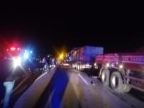 5 Tır Zincirleme Kaza Yaptı, Karayolu Trafiğe Kapandı Açıklaması 2 Ağır Yaralı