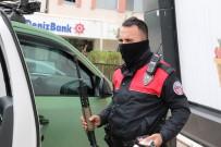 Antalya'da Uzun Namlulu Silahla Filme Çekmek İsteyen Gençler Onlarca Polisi Peşine Taktı