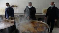 Kozan'da İhtiyaç Sahibi Bin 100 Aileye Ramazan Boyu Sıcak Aş Desteği