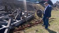 Pozantı'daki Kaza Arızalanan Tren İteklenirken Meydana Geldi