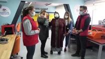 Şehit Eren Bülbül'ün Annesi Oğlunun İsminin Verildiği Gençlik Merkezini Ziyaret Etti