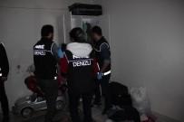Uyuşturucu Satıcılarına Şafak Operasyonu Açıklaması 3 Gözaltı