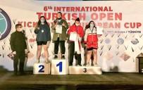 Sivaslı Sporcu Kick Boks'ta Avrupa Şampiyonu Oldu