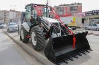 Yahyalı Belediyesi Yeni İş Makinasını Bünyesine Kattı