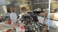 Yalıtım Malzemesi Deposundaki Yangın Korkuttu
