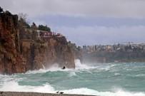 Antalya İçin Fırtına Uyarası