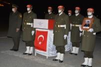 Hakkari'de Şehit Uzman Çavuş Günaydın İçin Tören Düzenlendi
