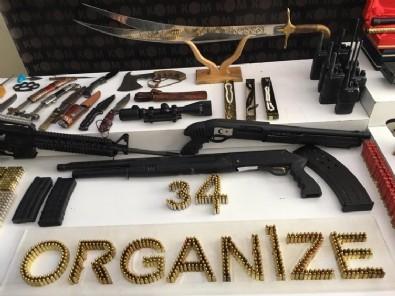İstanbul Emniyeti'nden Sedat Peker sergisi: Kılıç, tüfek, telsiz…