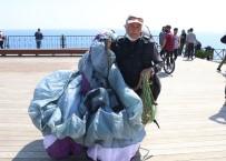 'Sen Yaşlısın, Yapamazsın' Diyenlere İnat 66 Yaşında Yamaç Paraşütçüsü Oldu