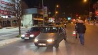 2 Farklı Uygulamaya Takılan Sürücüyü Cezadan Paketi Kurtardı