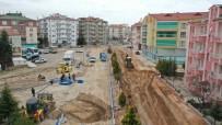 Güzelyurt Mahallesinde Dev Altyapı Ve Üstyapı Hamlesi İçin Belediye Ekipleri  Tam Kadro Sahada