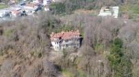(Özel) Beykoz'da Birçok Sinema Filmine Ev Sahipliği Yapan Gizemli Köşk Havadan Görüntülendi