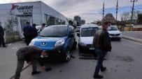 Sultangazi'de Trafik Kazası Açıklaması 1 Yaralı
