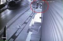 Yaşının İki Katı Suçu Bulunan Kapkaççı Yakalandı