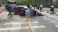 Alkollü Sürücü Ticari Araca Çarptı Açıklaması 5 Yaralı