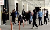 Edirne'de Yoğun Bakımlar Gençlerle Dolu
