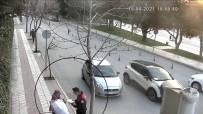 İftarlıklarını Kağıt Toplayıcı Kadın Ve Çocuklarına Veren Polisler Gönülleri Fethetti