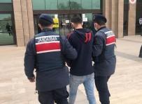 Nevşehir'de 4 Yıl 2 Ay Hapis Cezası İle Aranan Firari Yakalandı