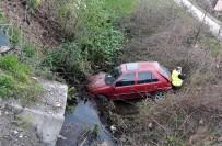 Samsun'da Otomobil Su Kanalına Uçtu Açıklaması 2 Yaralı