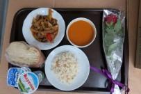 Torul'da Sıcak İftar Yemeği Vatandaşların Evlerine Kadar Götürülüyor