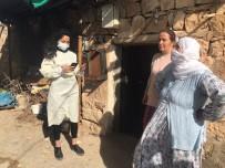 Vaka Sayılarının Düşmediği Siirt'te Sağlık Ekipleri Kapı Kapı Gezerek Aşılama Çalışmalarına Başladı