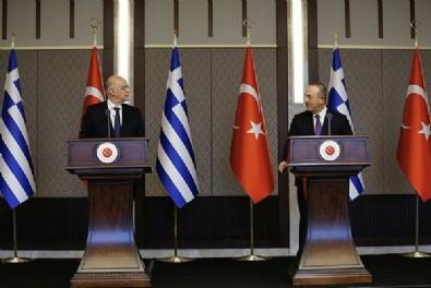 Yunanistan'ın iki yüzlülüğü! Dışişleri Bakanı Nikos Dendias Türkiye'deyken Fransız gemisi Türk kara sularına sokuldu