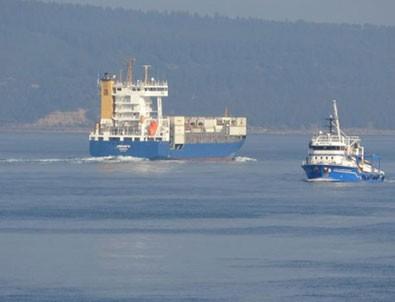Çanakkale'de gemi karaya oturdu!