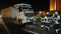 Aksaray'da 2 Tır Çarpıştı Açıklaması 1 Yaralı