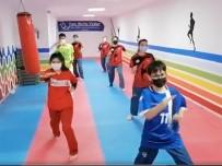 Mutlu Yüzler Projesi İle Spor Devam Ediyor
