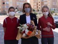 Vali Becel, Anaokulu Ve 8.Sınıf Öğrencilerini Ziyaret Etti