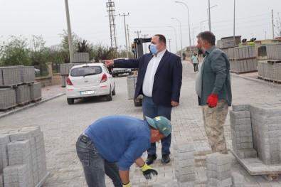 Viranşehir'de Yeni Mezarlığa Kilitli Parke Döşendi