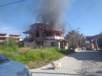 Ayvalık'ta Ev Yangını