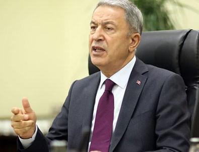 Bakan Akar CHP Grup Başkanvekili Engin Altay'a haddini bildirdi!