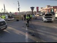 Kırşehir'deki Trafik Kazasında 4 Kişi Yaralandı