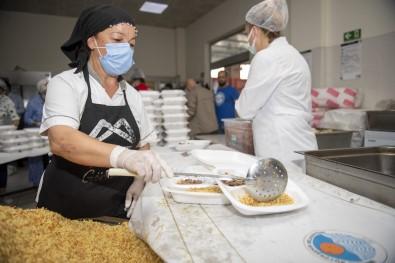 Mersin Büyükşehir Belediyesi, Günlük 10 Bin İftar Yemeği Dağıtacak
