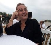 Nagihan Karadere'nin Acı Günü Açıklaması Ablası Kalp Krizi Sonucu Vefat Etti