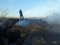 Suluova'da Samanlık Yangını Açıklaması 20 Ton Saman Kül Oldu